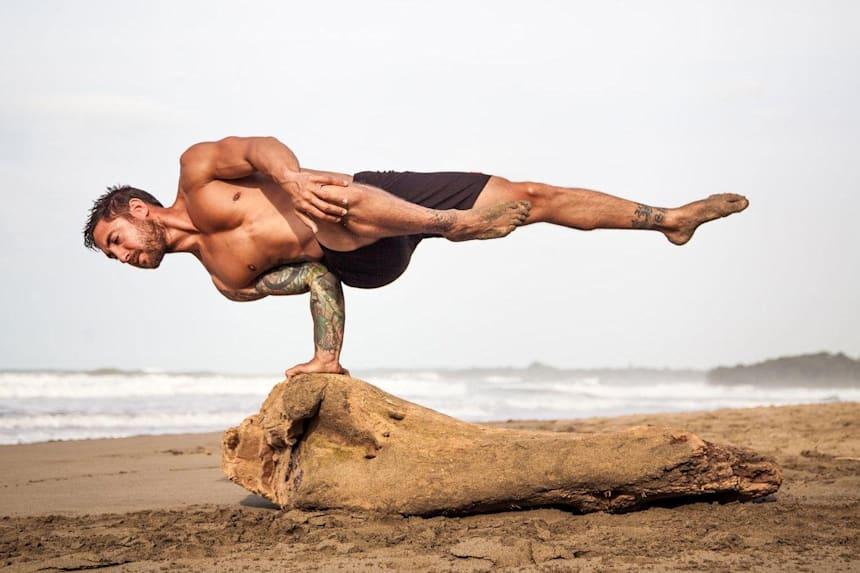 Йога для мужчин | мужская йога